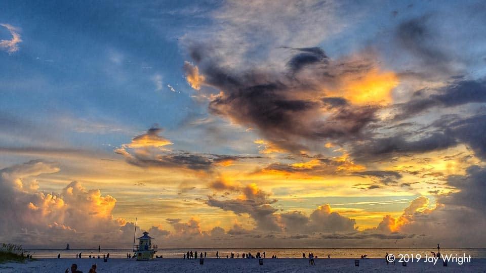 The lower clouds ... like meringue on a lemon pie